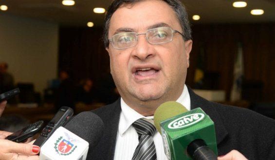 Michele Caputo participa de repasse de R$ 9,8 milhões para construção e reforma de 14 unidades de saúde em Curitiba