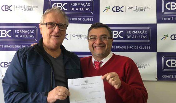 Jair Pereira receberá o título de cidadão honorário do Paraná