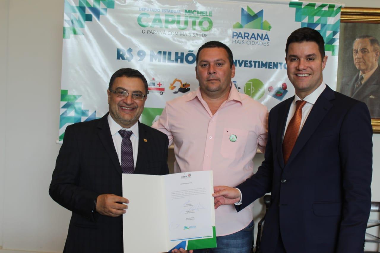 Deputado Caputo garante cobertura em quadra de colégio estadual de São Carlos do Ivaí