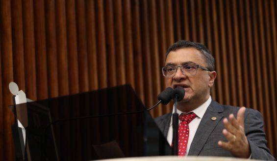 Caputo defende revogação de mudanças nos repasses de créditos do Nota Paraná