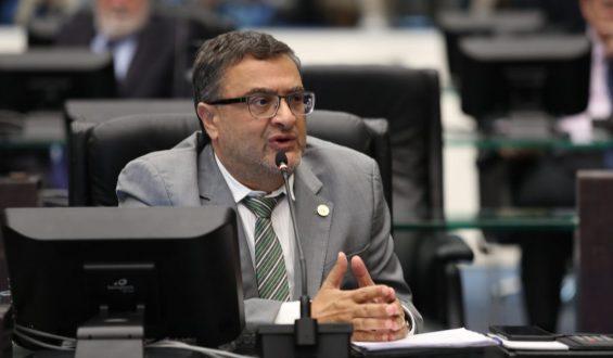 Associações reforçam alerta de Michele Caputo para falta de insumos de vacinação