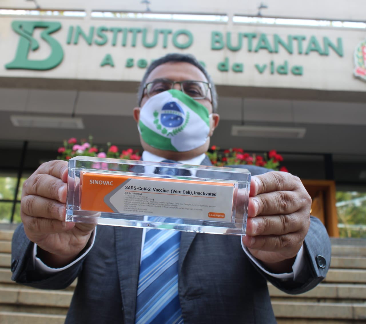 #VemVacina: virando o jogo contra o coronavírus