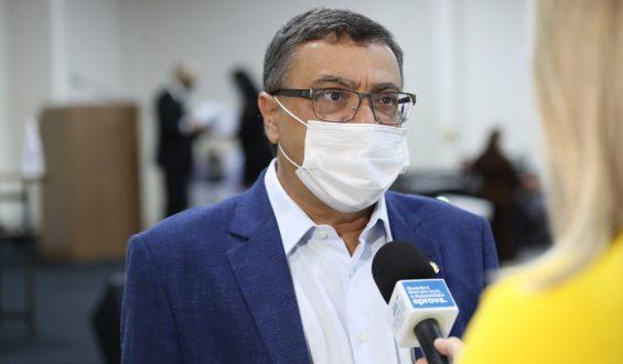 Michele Caputo defende compra imediata de vacina contra coronavírus