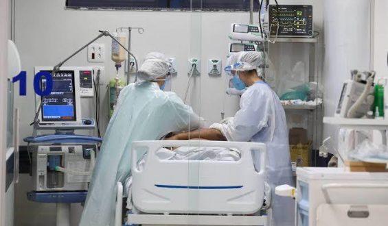 """""""Jávemos o colapso no sistema de saúde do PR"""", dizMicheleCaputo"""
