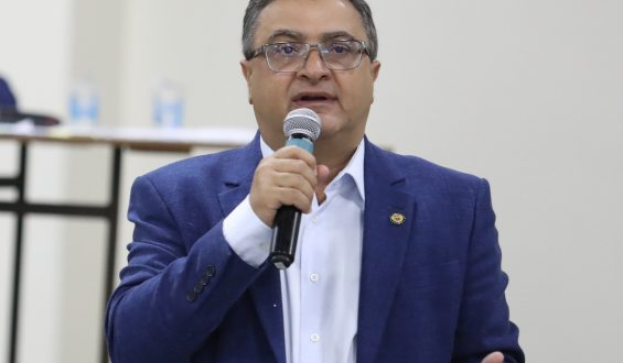Michele Caputo apoia consórcio de prefeitos para compra de vacinas